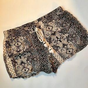 BeBop Black & White Patterned Shorts